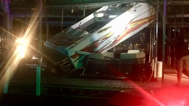 One injured after late night boat crash at Lake of the